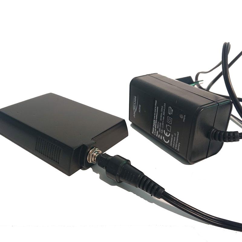 Akku Pack für Fujifilm GX680 mit Ladeanschluß
